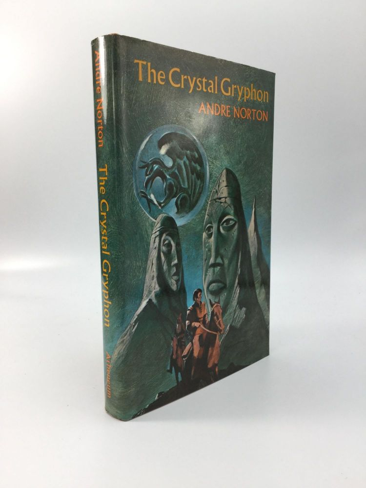 THE CRYSTAL GRYPHON. Andre Norton.