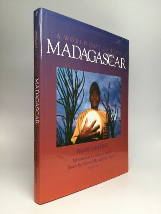 MADAGASCAR: A World Out of Time. Frans Lanting