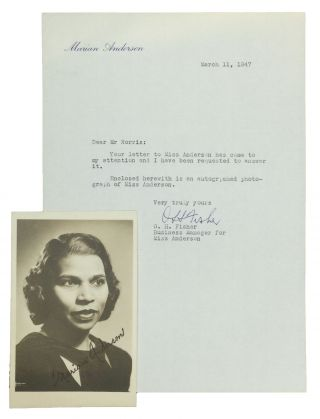 AUTOGRAPH PHOTO OF THE AFRICAN AMERICAN CONTRALTO. Marian Anderson