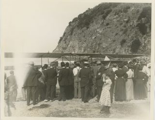 CATALINA ISLAND AND THE AIR AGE